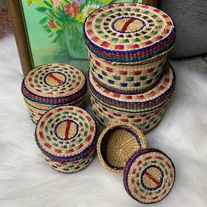 Vintage Set of 5 Small Nesting Stacking Baskets